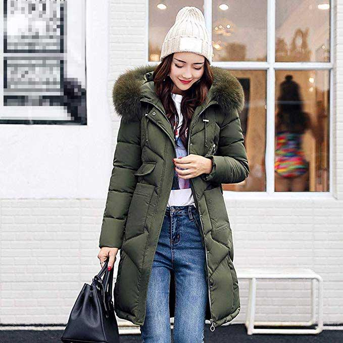 gorro de lana mujer como vestir en invierno con gorro de lana y abrigo