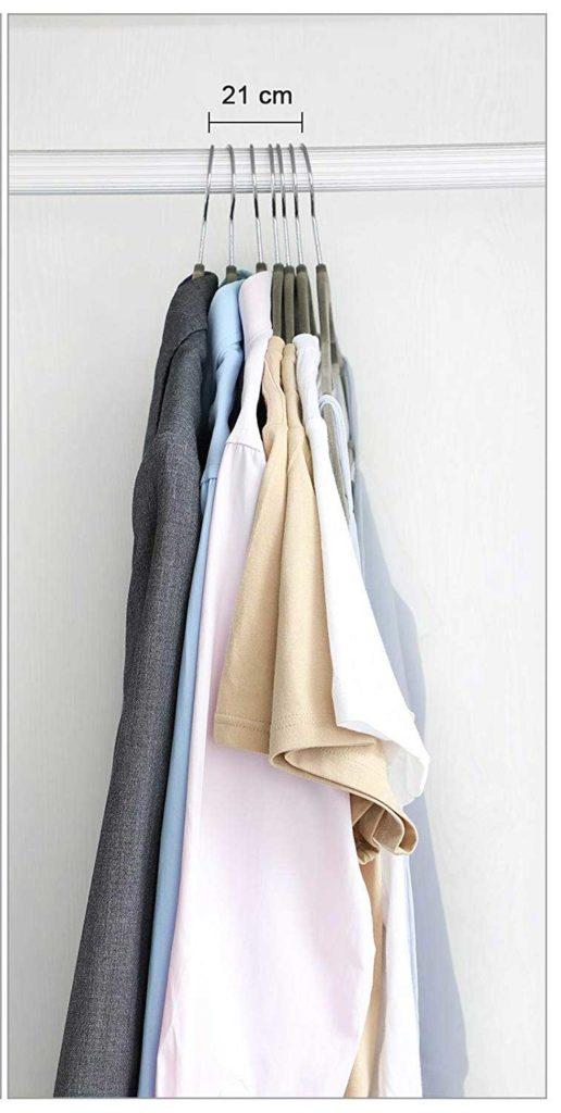 perchas resistentes para ahorrar espacio en el armario