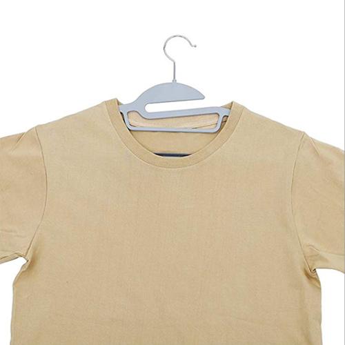 perchas para camisetas y blusas anchas y con escote
